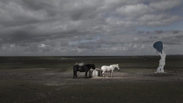 tastbare-wolken-op-gemaskerde-aarde-640x360